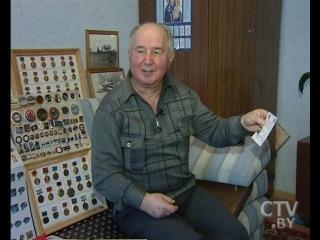 CTV.BY: Коллекционер из Минска собрал свыше 5 тысяч раритетных медалей и памятных знаков на тему космоса